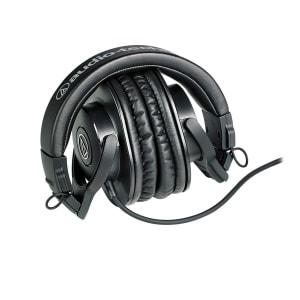 headphone podcast equipment